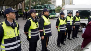 falungong-protest-taichung-police